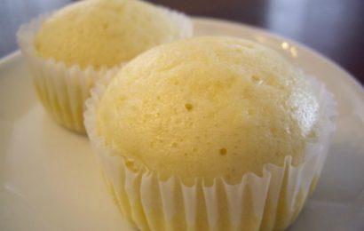 Cách làm bánh bông lan hấp đơn giản tại nhà ai cũng thành công