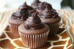 cách làm bánh bông lan hấp socola