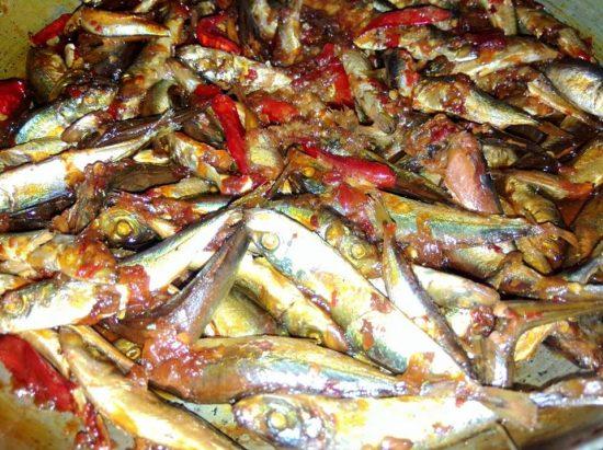 Cách làm cá nục kho keo thơm ngon được rất nhiều người ưa chuộng 3