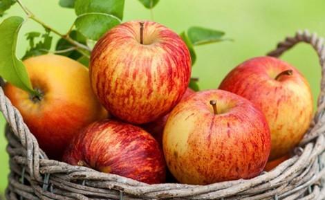 Cách làm sinh tố táo cho bé, giúp con yêu giải nhiệt ngày hè 1