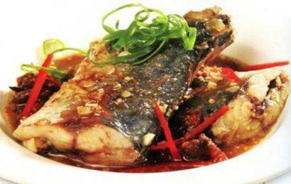 Cách nấu cá nục kho tiêu ngon ngất ngây quên đường về