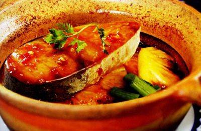 Cách nấu món cá ngừ kho tộ đưa cơm cho cả nhà