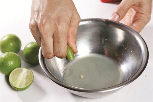 Cách pha nước chấm bánh cuốn nóng