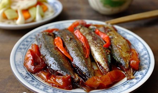 Chi tiết các bước kho cá nục kiểu miền Trung ngon ngọt tuyệt vời 1