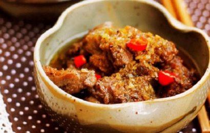 Cay nóng thơm nừng với món thịt vịt kho sả ngon đậm vị