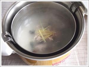 Mách bạn cách nấu cháo thịt băm cho người ốm nhanh khỏi bệnh 3