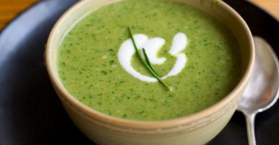 Cách nấu cháo tim heo cho bé với rau cải chíp thơm ngon nhất