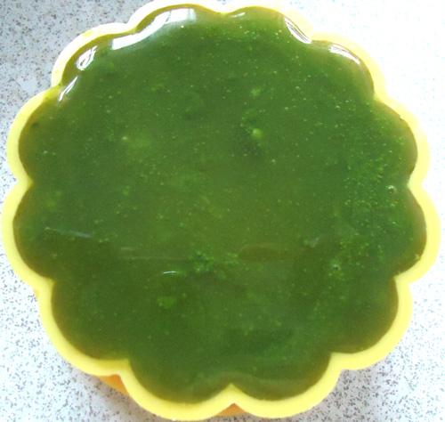 Cách làm bánh Trung thu rau câu lá dứa
