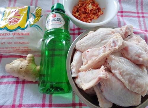 Cách làm cánh gà chiên tỏi ớt nhìn là thấy đẹp, ăn là thấy mê ngay 2