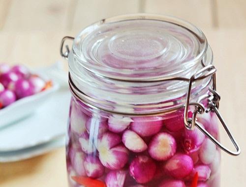 Cách ngâm hành chua ngọt đơn giản mà lại ngon tuyệt vời!