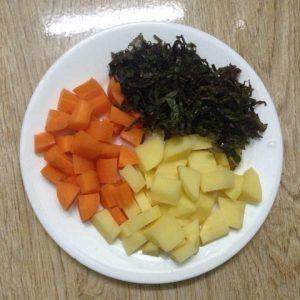 Chi tiết cách nấu cháo thịt băm tía tô ngon theo kinh nghiệm của emvaobep 3