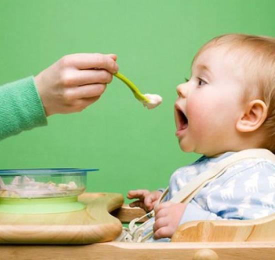 Cách nấu cháo xay cho bé 7 tháng tuổi đơn giản tại nhà