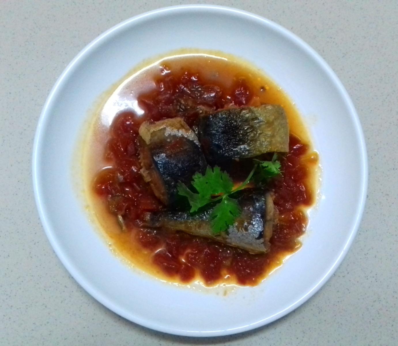 Trổ tài nấu nướng với cách làm món cá kho cà chua đặc biệt này 1