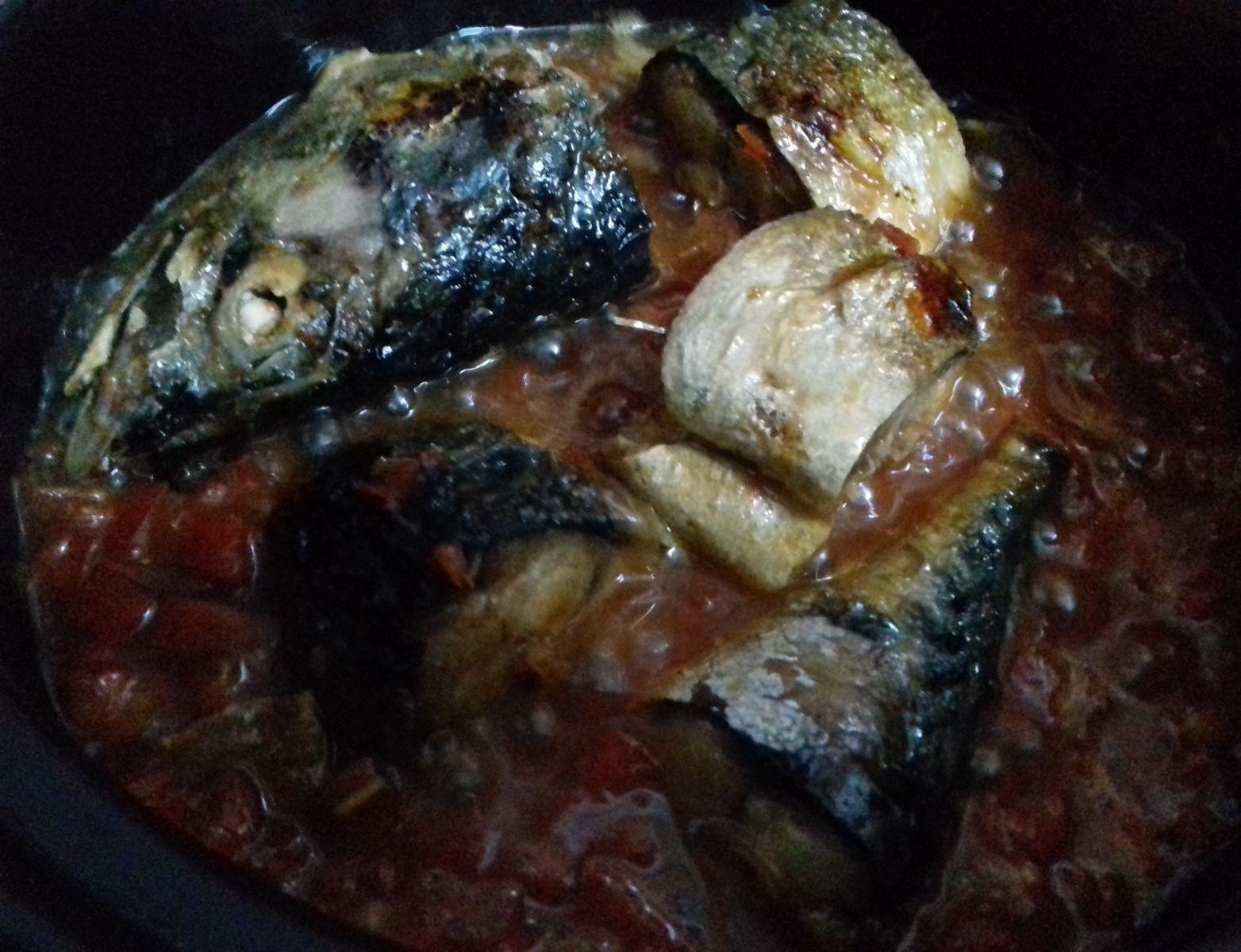 Trổ tài nấu nướng với cách làm món cá kho cà chua đặc biệt này 5