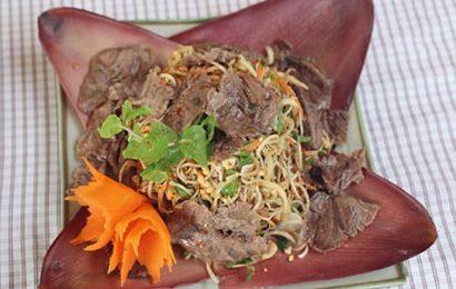 Cách làm nộm hoa chuối thịt bò ngon đậm đà không lo bị ngán