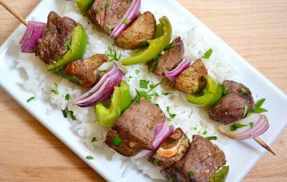Hướng dẫn cách ướp thịt bò nướng xiên que vô cùng hấp dẫn, đưa cơm