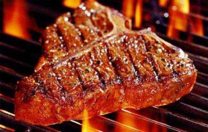 Cách ướp thịt trâu nướng tảng cho món ăn đượm vị khó quên