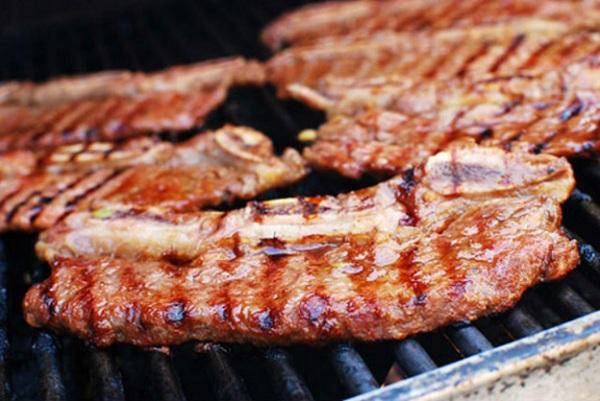 thịt bò nướng sả ớt