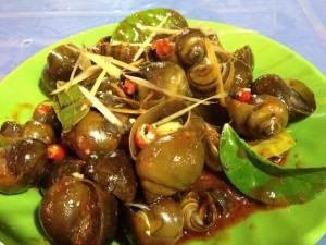Cay cay, thơm nồng với cách làm món ốc nhồi xào sả ớt tại nhà