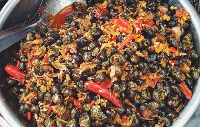 Cách nấu ốc hút Huế với đầy đủ hương vị chua cay mặn ngọt đậm đà