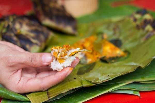 Món cá nướng lá chuối vô cùng độc đáo với hương vị lạ miệng 9