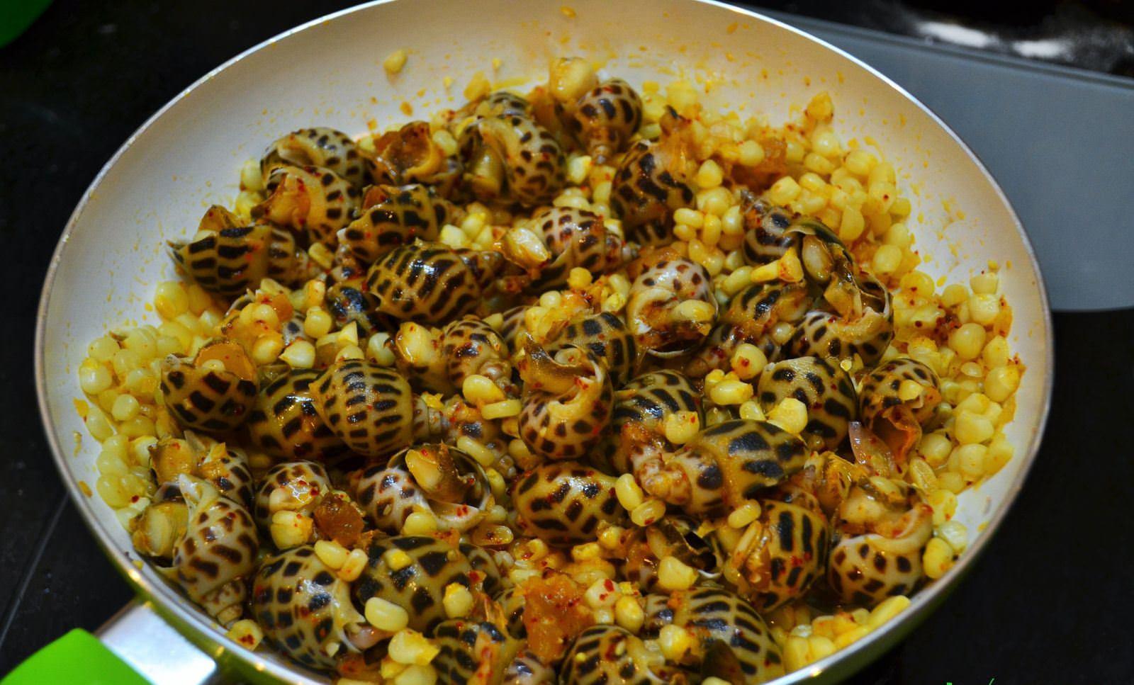 Ngon ngẩn ngơ với món ốc hương xào bắp thơm ngọt, hấp dẫn 6