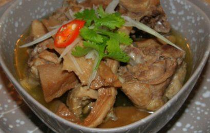 Cách nấu măng khô kho thịt ngon đúng điệu, món ăn lạ mà hấp dẫn