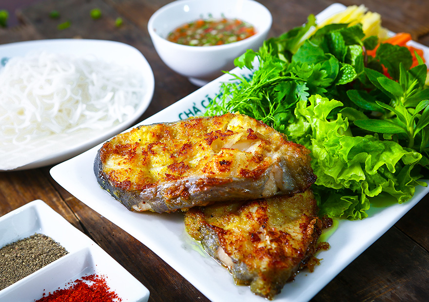 Món cá hấp dẫn dành cho cả gia đình chả cá nướng ngũ vị