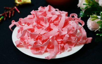 Bật mí cho chị em cách làm mứt dừa màu hồng từ tự nhiên