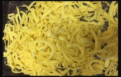 Giới thiệu cách làm mứt dừa nghệ vàng đẹp đến mê