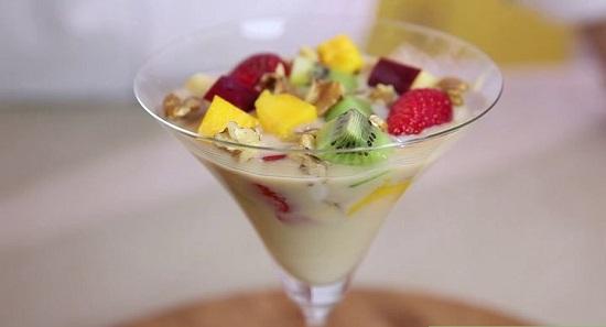cách làm kem sữa chua hoa quả 3