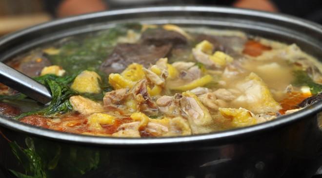 cách nấu măng khô với gà 5