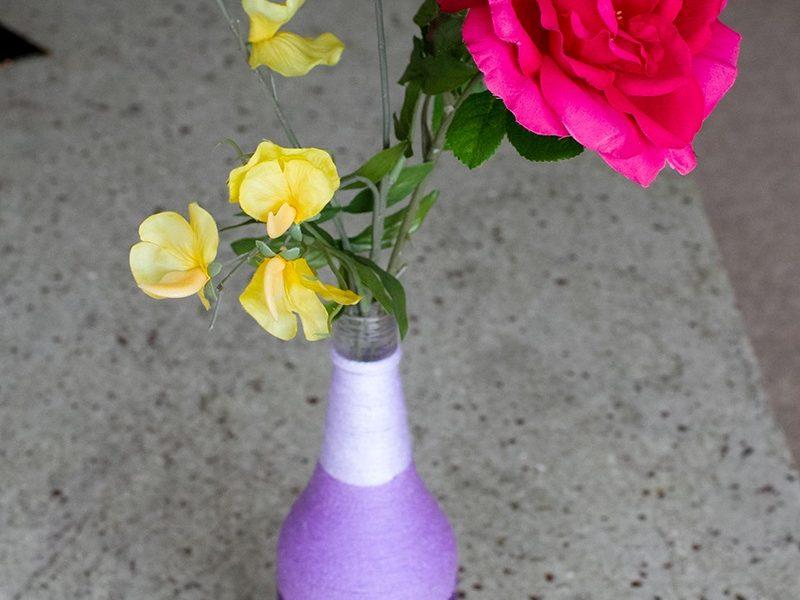 Làm bình hoa quấn len cực kì đơn giản và sang trọng