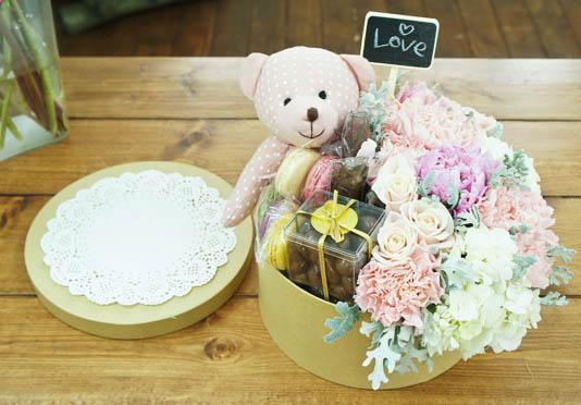 làm hộp quà hoa và gấu