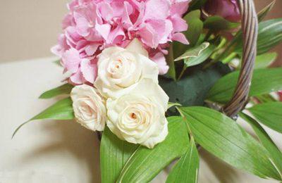 Cách cắm giỏ hoa theo kiểu độc lạ dành cho ngày 8/3 sắp tới