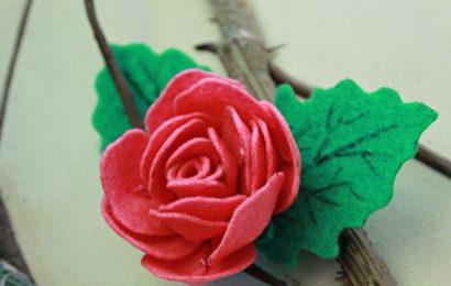 """Làm hoa hồng bằng vải nỉ thật đơn giản """"múa tay"""" cũng xong"""