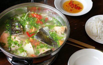 Món ngon lạ miệng với cách nấu lẩu cá hồi măng chua