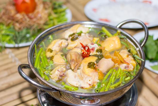 cách nấu lẩu gà măng chua