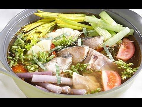 Đổi món với cách nấu lẩu măng chua cá bớp đậm đà hương vị