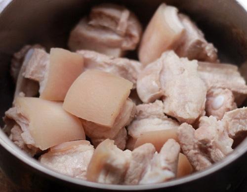cách nấu thịt kho tàu miền Trung