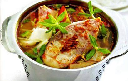 Lạ miệng với bát canh cá tầm nấu măng chua thơm ngon