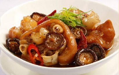 Chân giò hầm nấm đông cô món ăn ngon bổ dưỡng