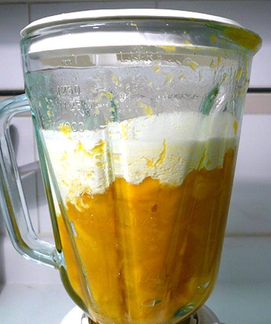 cách làm kem xoài bằng máy xay sinh tố