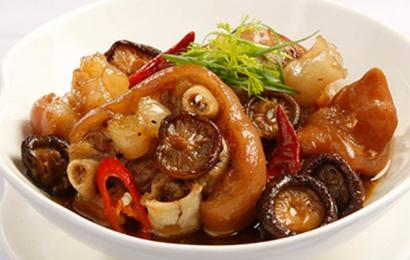 Cách làm món chân giò hầm thuốc bắc món ăn bổ dưỡng cho sức khỏe