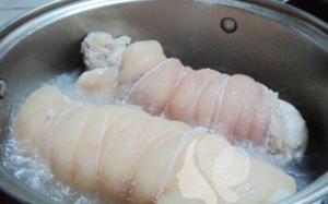 cách làm thịt chân giò muối 2