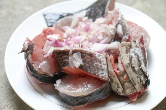 cách nấu cháo cá tràu cho bé