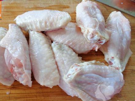 cách tẩm ướp cánh gà nướng ngon 1