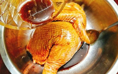 Cách ướp gia vị gà nướng món ngon cho những ngày se lạnh