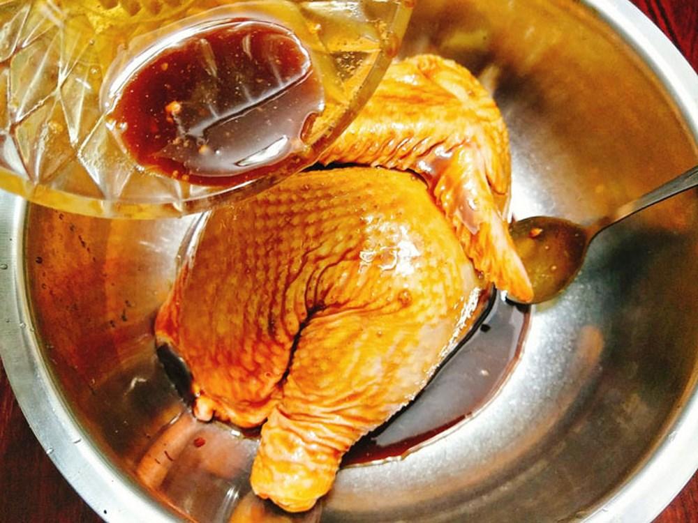 cách ướp gia vị gà nướng 4