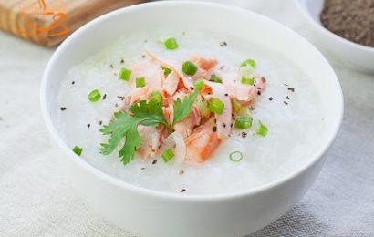 Cháo cá hồi nấu với rau gì để vừa ngon vừa đảm bảo